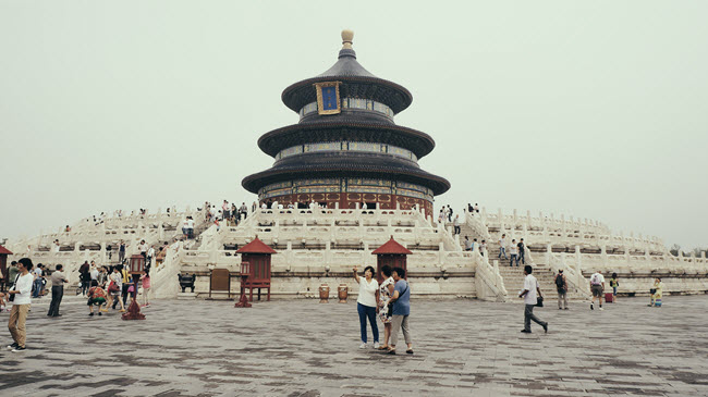 financial planning for holidays image of China by Riku Lu from Unsplash
